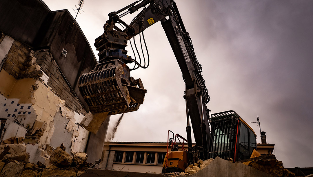 atila-demolition-chantier-bordeaux-machine-tri